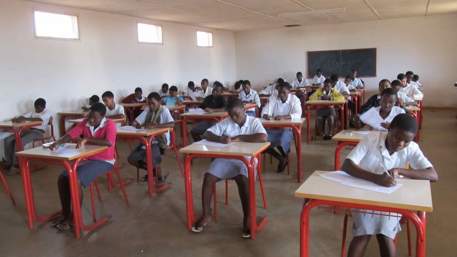 786,380 WASSCE candidates fail to obtain 5 credits in English, Maths