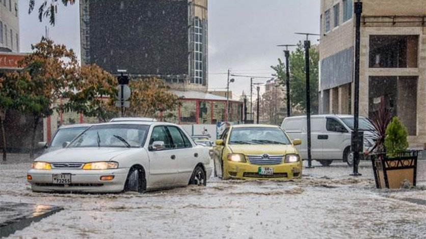 School pupils among 18 killed in Jordan flash floods
