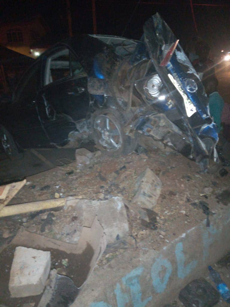 Many feared dead as truck crashes into Ekiti market