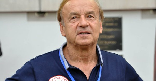 Iwobi more than  playmaker – Rohr