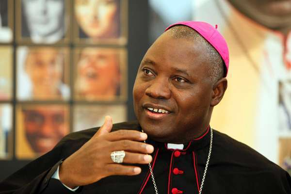 Pope names Archbishop Kaigama as Onaiyekan's successor