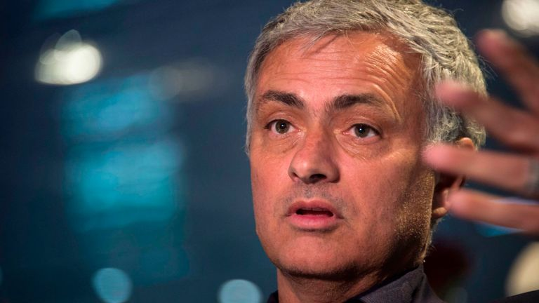 Jose Mourinho Hits Out At Conte Over Transfer