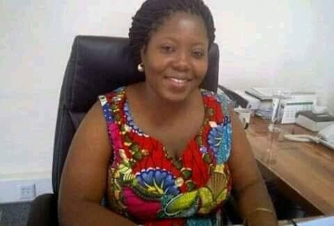 See female banker sacked for sleeping with 200 male job seekers, clients