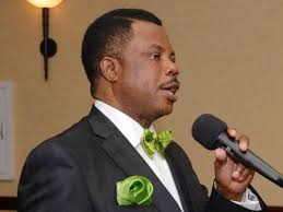 Obiano disburse over N100 million to Onitsha fuel tanker fire victims