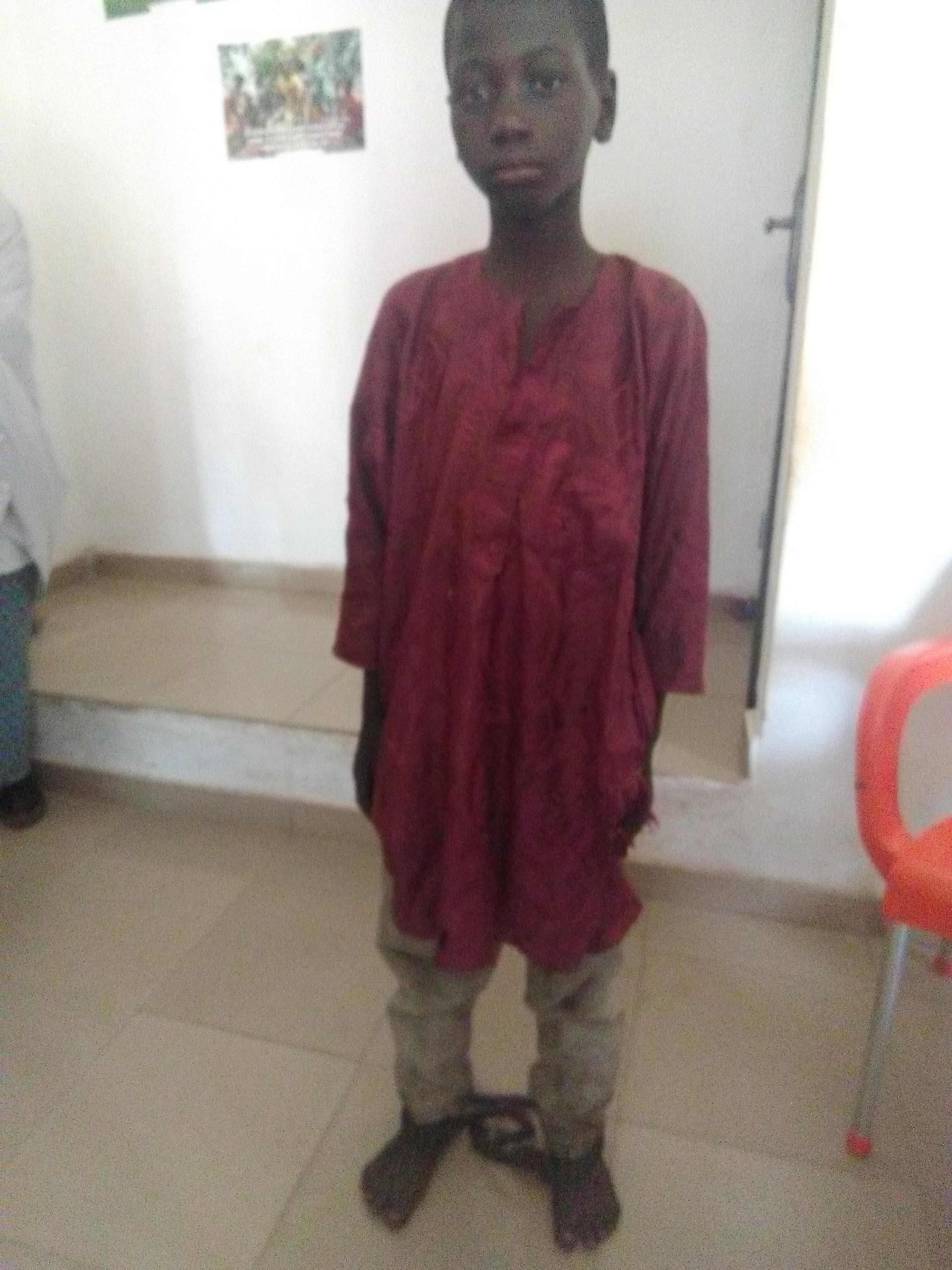 Police Apprehends Man 56, For chaining, lock up Son over refusal to attend school in Niger