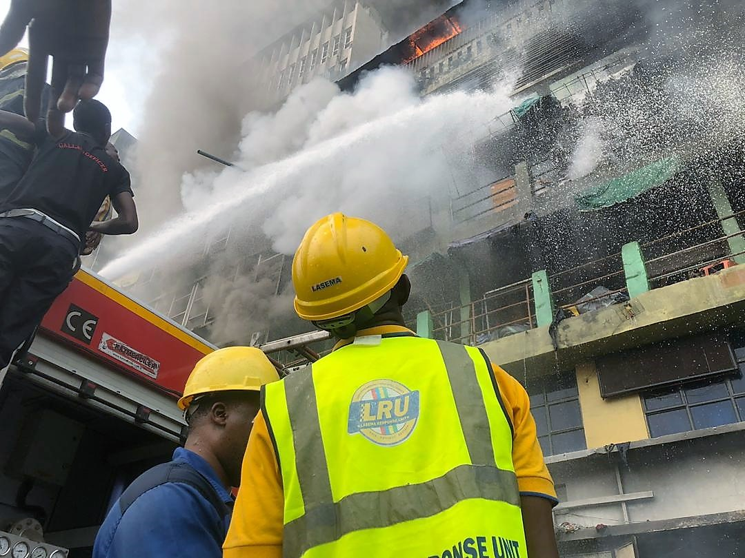 Deadly fire rages in seven buildings on Martins St, Lagos Island