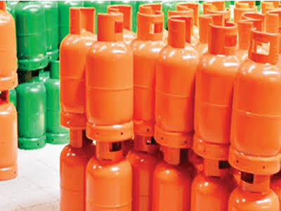 3,000 residents get free gas cylinders from Ekiti govt - Daily Sun