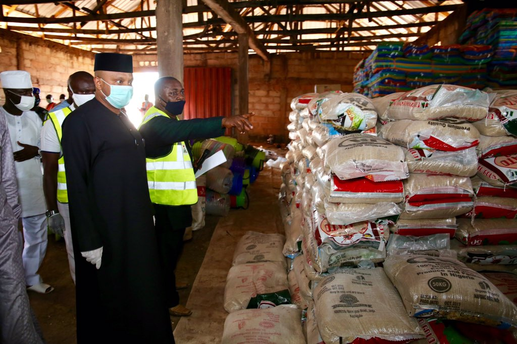 Federal Commissioner Basheer Garba Mohammed inspecting relief materials