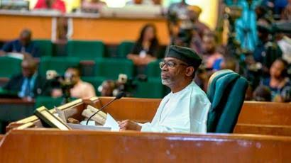 Reps charge Education Minister to fumigate schools