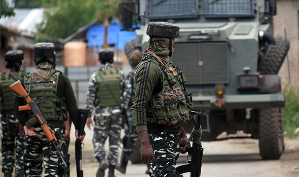 India slaughters 5 Chinese soldiers as border tensions erupt